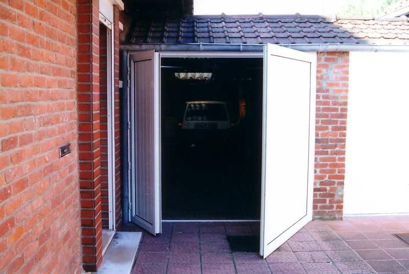 Fenetre alu lille hazebroucq fenetres pvc aluminium - Porte de garage battant pvc ...