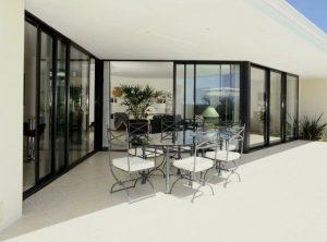 Fenêtres et baies vitrées en PVC, aluminium bois et mixte